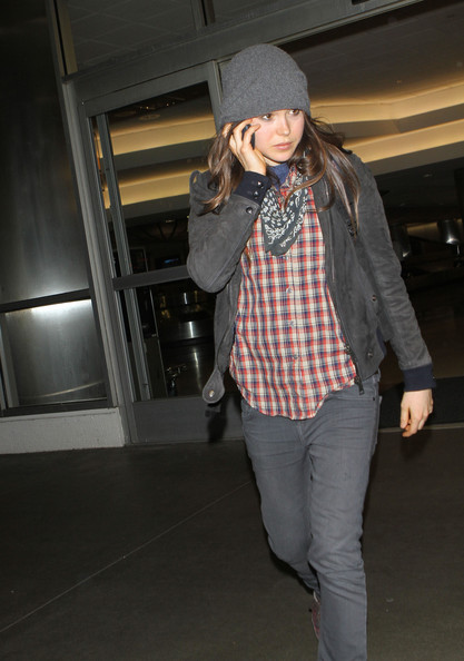 More Pics of Ellen Page Bandana (2 of 7) - Ellen Page Lookbook - StyleBistro