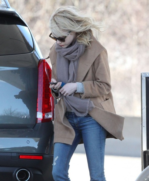 More Pics of Emma Stone Wool Coat (2 of 9) - Emma Stone Lookbook - StyleBistro