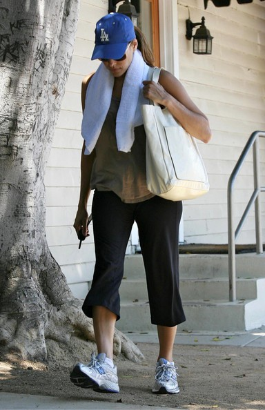 More Pics of Eva Mendes Leather Tote (1 of 13) - Eva Mendes Lookbook - StyleBistro