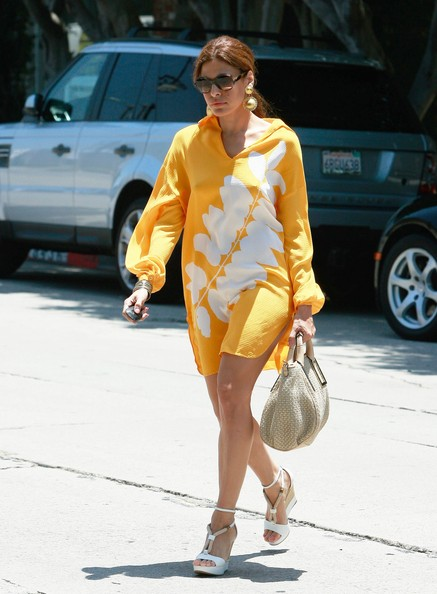 Eva Mendes The Best And Worst Celebrity Street Style