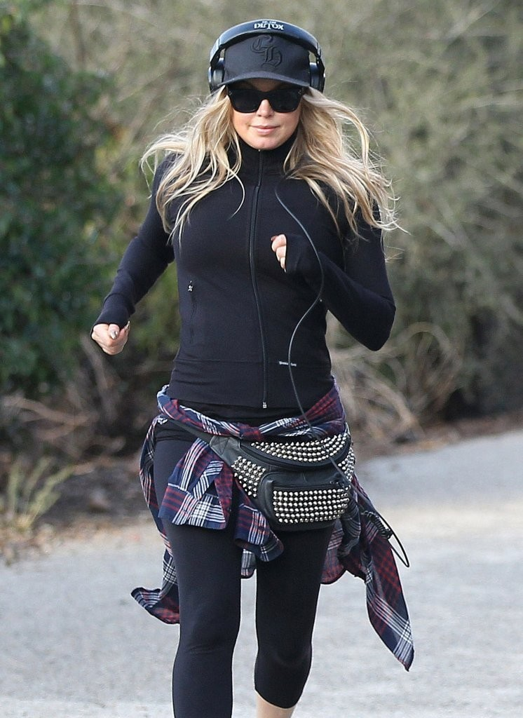 Fergie Goes Jogging in Brentwood — Part 2