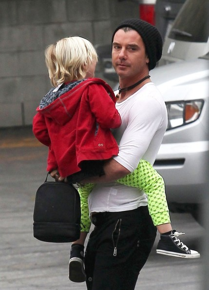 More Pics of Gavin Rossdale Skinny Pants (4 of 6) - Gavin Rossdale Lookbook - StyleBistro