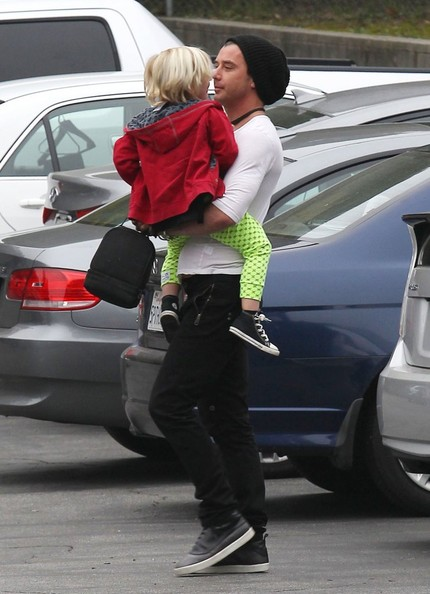 More Pics of Gavin Rossdale Skinny Pants (5 of 6) - Gavin Rossdale Lookbook - StyleBistro