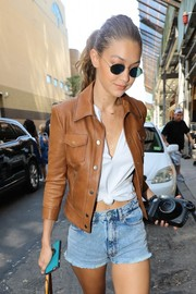 Gigi Hadid put on a pair of round shades for a day out in New York City.