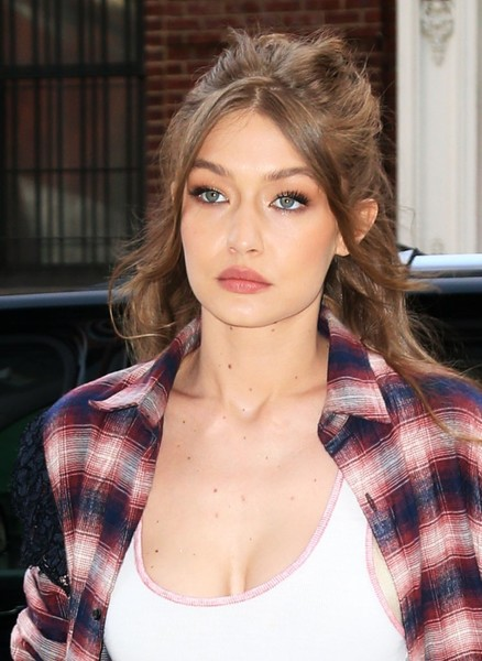 Gigi Hadid Half Up Half Down