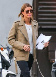 Hailey Baldwin hid her eyes behind a pair of brown aviators while out and about in New York City.