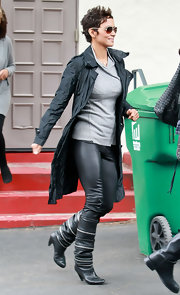 Halle looked like she stepped onto the set of the 'Matrix' in this leather ensemble.