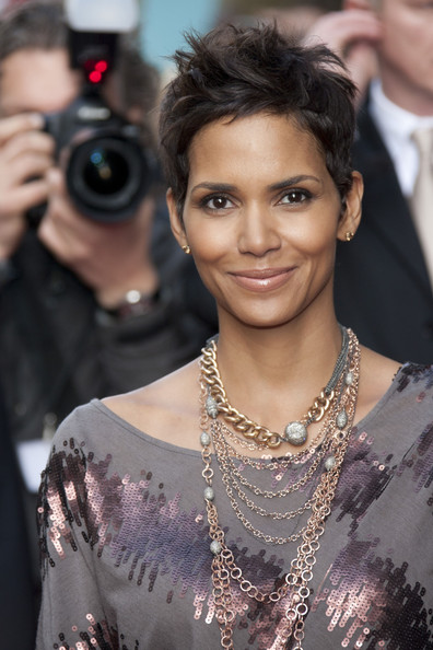 Actress Halle Berry attended the red carpet launch of her new fragrance Reveal wearing a variety of  18k rose gold and pave diamond multi-chain necklaces.