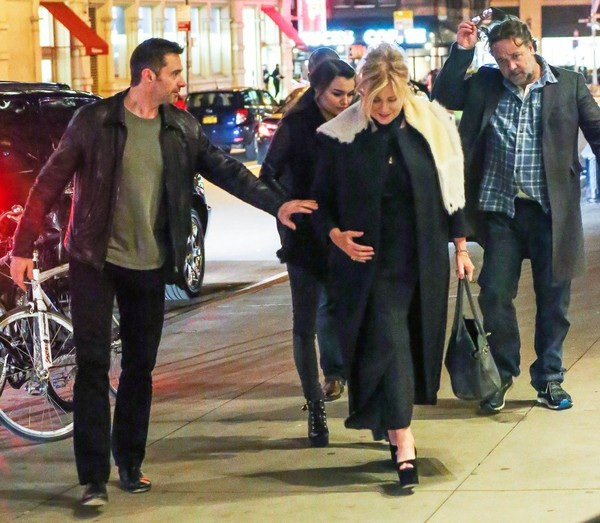 Hugh Jackman a Russell Crowe Watch a Play Together in NYC