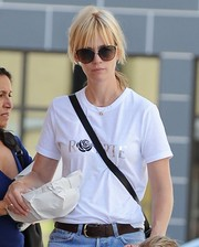 January Jones finished off her ensemble with a pair of cateye sunnies.