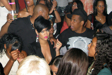 Rihanna Jay-Z Jay-Z, Rihanna, And Jamie Foxx Celebrating The 4th Of July At Tao Restaurant In Las Vegas