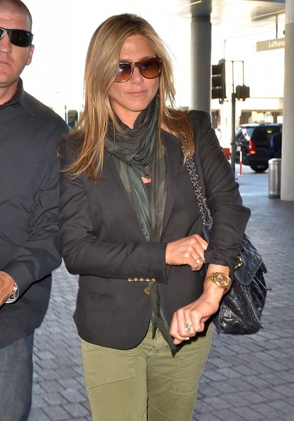 0ff2eac39514b Aviator Sunglasses. Jennifer Aniston · Jennifer Aniston was ready for  paparazzi flashbulbs with her Oliver Peoples wayfarers.