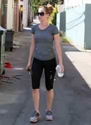 Jennifer's Nike leggings were a sporty and stylish choice for the gym.