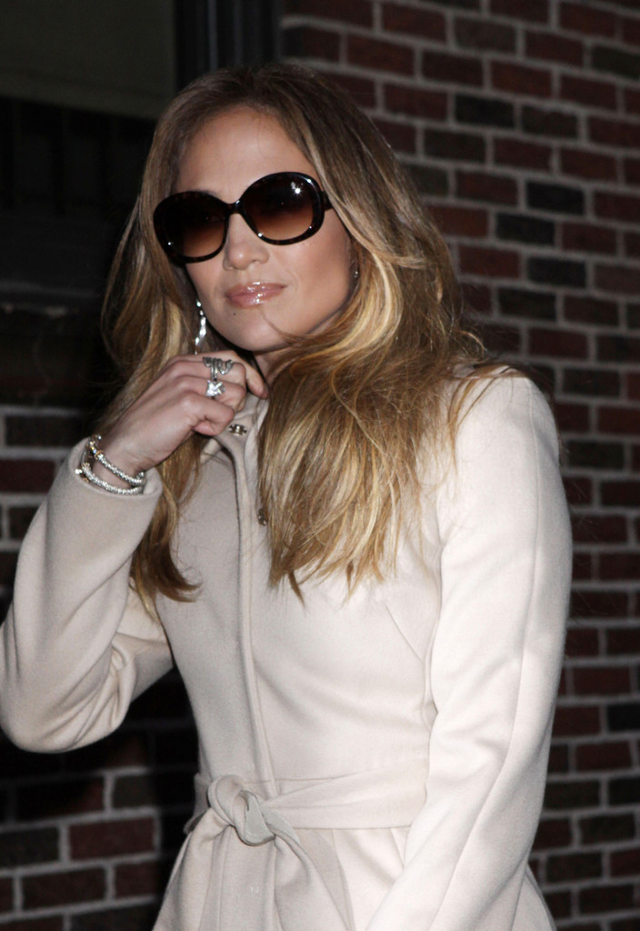 3359d58a5b Jennifer Lopez added a Jackie O vibe to her look with oversize shades. Oval  Sunglasses