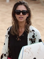 Jessica Alba spent a sunny day at the beach wearing a cool pair of oval shades.