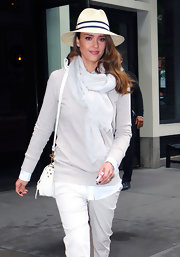 How cute did Jessica Alba look in this yacht-worthy walker hat out in NY?