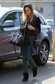 Jessica Alba chose green houndstooth pants for a day out in Santa Monica.