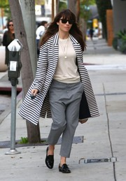 Jessica Biel smartened her outfit with a striped coat by Smythe.