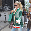 Wear Colorful Tunics With Lengthening Flares Like Jessica Simpson