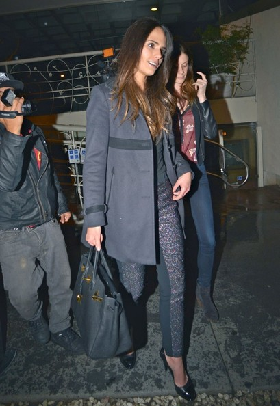 Jordana Brewster Dines Out At Madeo