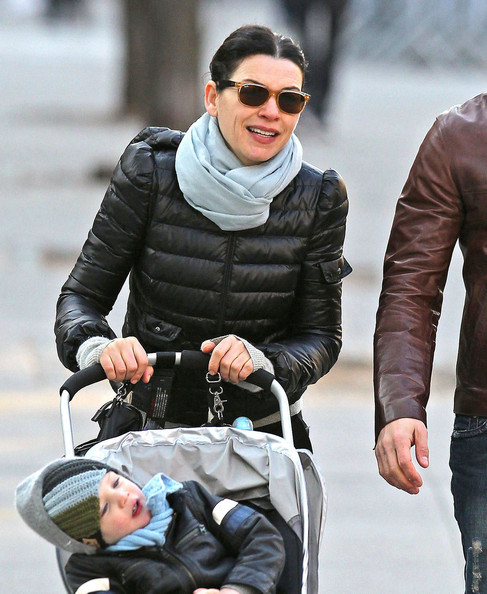 Julianna Margulies Wayfarer Sunglasses