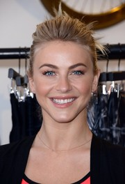 Julianne Hough celebrated the debut of her clothing collection wearing this chic loose updo.