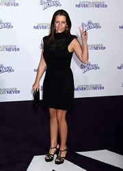 Pattie Mallette oozed with sophistication in a lacy turtleneck LBD.
