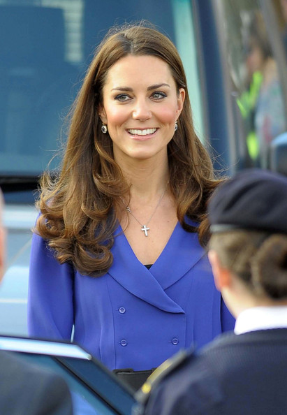 More Pics of Kate Middleton Pumps (3 of 13) - Kate Middleton Lookbook - StyleBistro