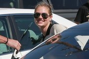 Kate Upton Aviator Sunglasses