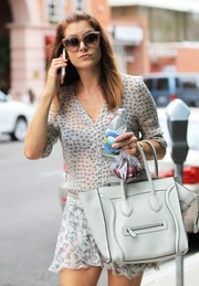 Kate Walsh took a stroll in Beverly Hills wearing a pair of retro-chic oversized sunglasses.