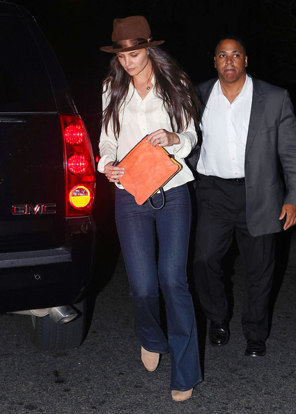 More Pics of Katie Holmes Bootcut Jeans (1 of 9) - Jeans Lookbook - StyleBistro