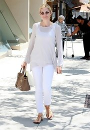 Kelly Rutherford showed off her summer style in an all white ensemble and a Birkin bag.