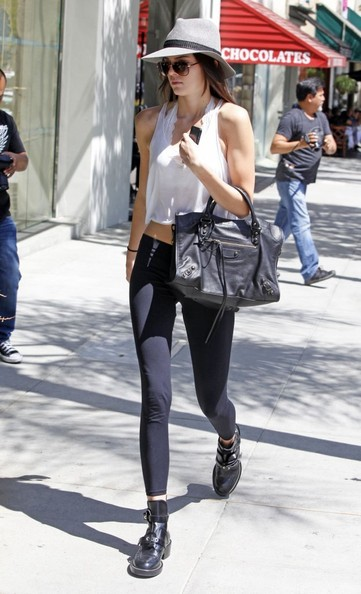 More Pics of Kendall Jenner Leggings (1 of 23) - Kendall Jenner Lookbook - StyleBistro