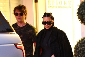 Kim Kardashian Jonathan Cheban Kim Kardashian Stops By The Epione Cosmetic Laser Center