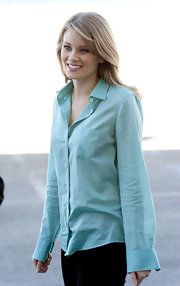 Kimberly Matula was spotted prepping for 'The Bold And The Beautiful' shoot wearing a green button-down shirt.