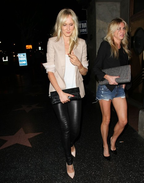 Kimberly Stewart Clothes