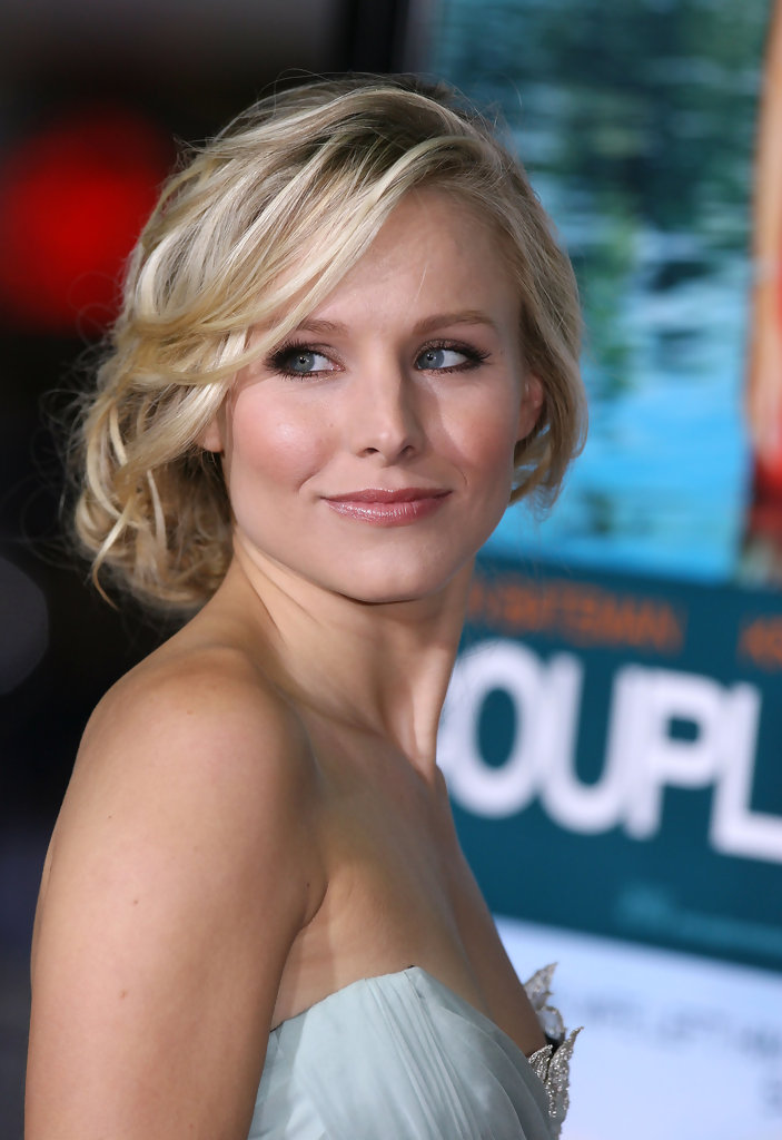 Pinned up Ringlets Updo Hairstyle Kristen Bell Updos Pinned up