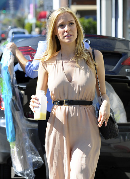 More Pics of Kristin Cavallari Platform Pumps (1 of 14) - Kristin Cavallari Lookbook - StyleBistro