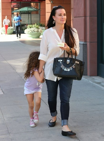 More Pics of Kyle Richards Leather Tote (1 of 21) - Kyle Richards Lookbook - StyleBistro