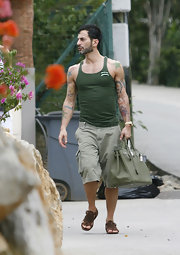 Marc Jacobs rocked an army green tank top which matched perfectly with his cargo shorts.