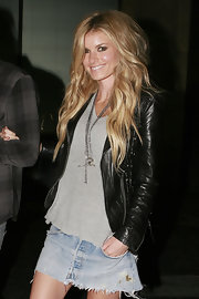 Super model Marisa Miller showed off her beach wave curls while out with her husband at Katsuya restaurant.