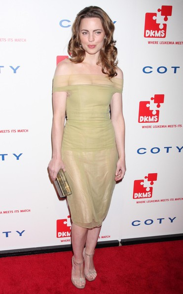 Melissa George Off-the-Shoulder Dress