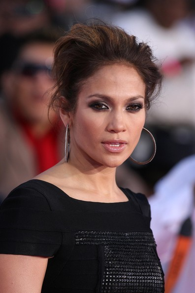 More Pics Of Jennifer Lopez Diamond Hoops 2 9 Hoop Earrings Lookbook Stylebistro