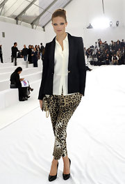 Putting a spin on the leggings trend, Alessia showed off her leopard print leggings while hitting the Roberto Cavalli show.
