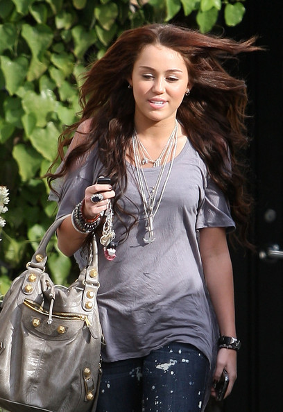 Miley Cyrus Layered Sterling Necklace []