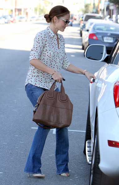More Pics of Minka Kelly Leather Tote (1 of 13) - Leather Tote Lookbook - StyleBistro