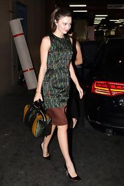 Miranda paired her chic print dress with classic stilettos.