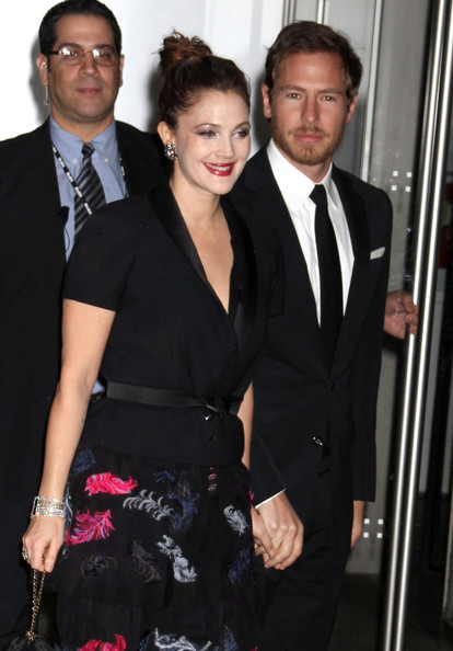 More Pics of Drew Barrymore Blazer (1 of 5) - Drew Barrymore Lookbook - StyleBistro