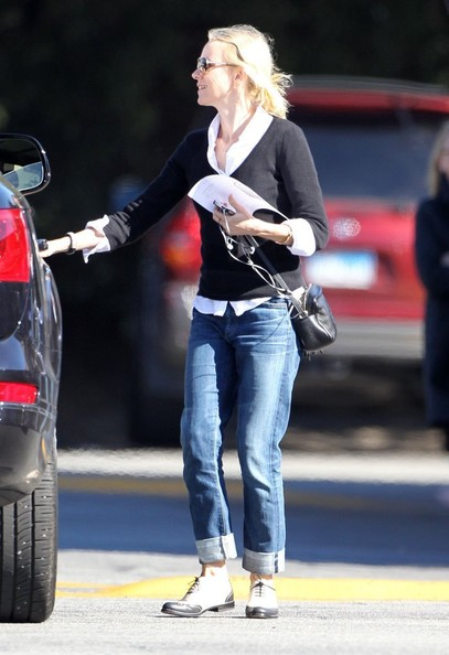 More Pics of Naomi Watts Boyfriend Jeans (2 of 31) - Naomi Watts Lookbook - StyleBistro