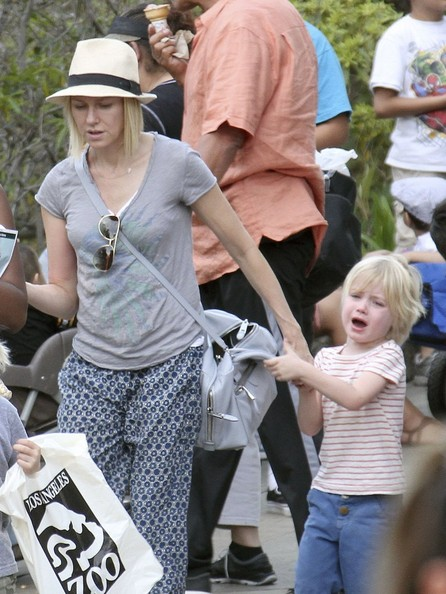 More Pics of Naomi Watts Fedora (4 of 30) - Naomi Watts Lookbook - StyleBistro